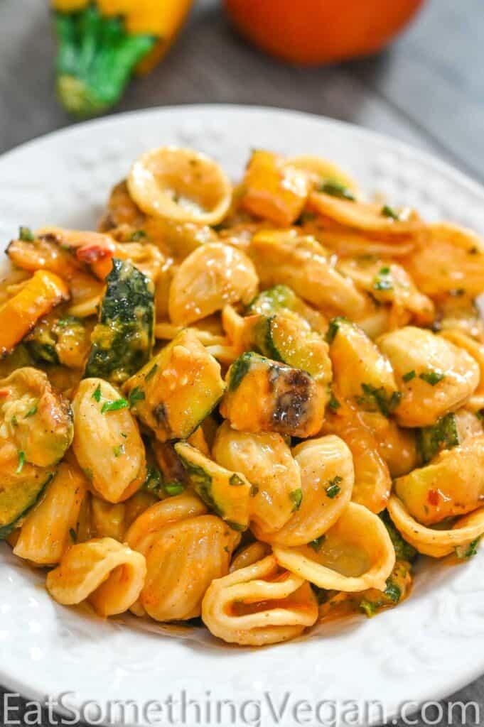 zucchini sauce mixed with pasta