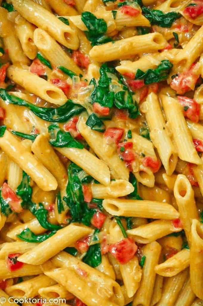 Creamy Roasted Pepper Pasta with Spinach