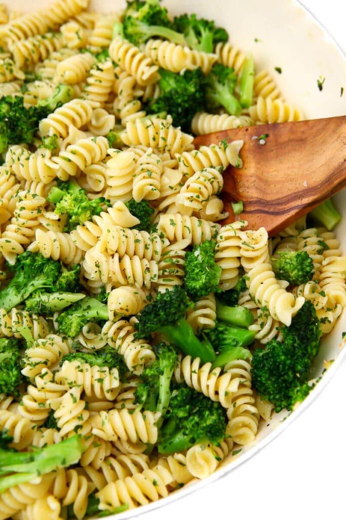 Vegan Broccoli Pasta