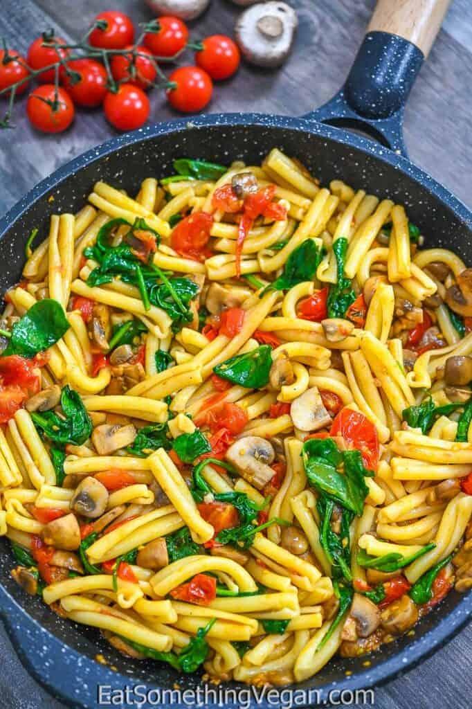 Tomato Mushroom Spinach Pasta in the skillet