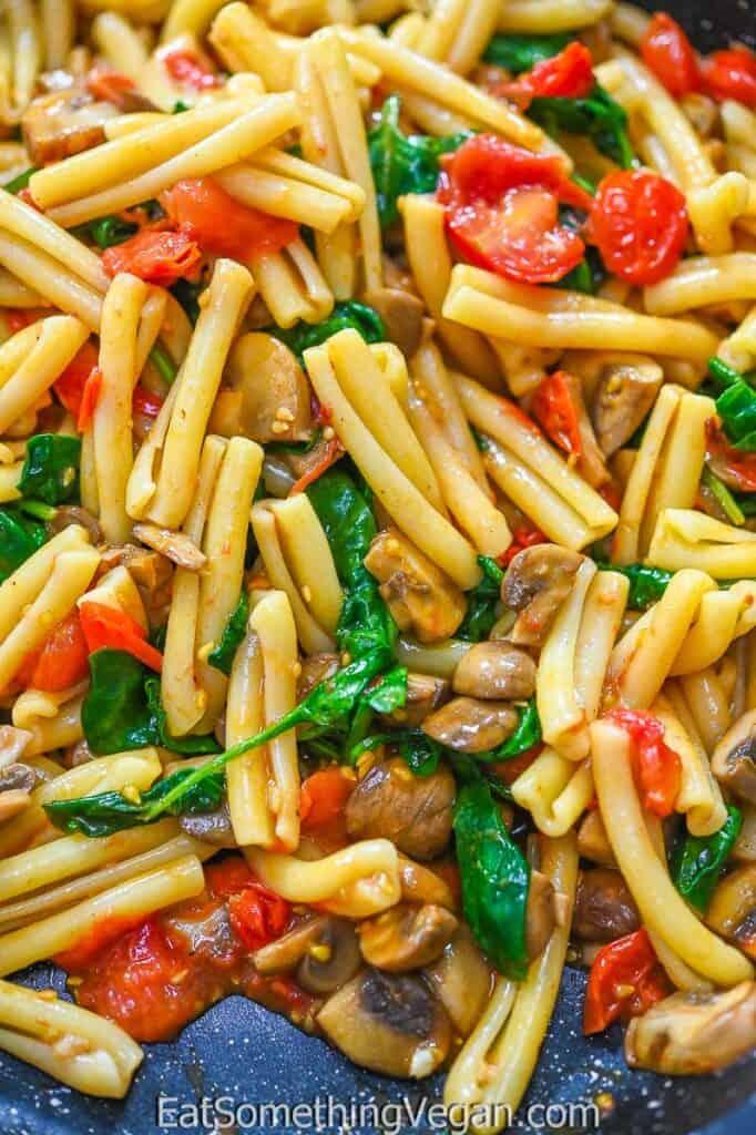 Tomato Mushroom Spinach Pasta close up shot