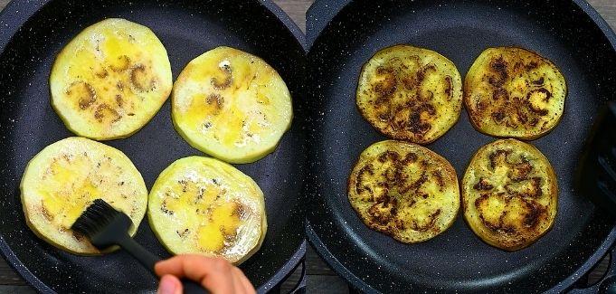 cooking eggplant slices